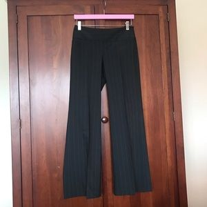 The Limited Pants Charcoal Pinstriped Pants Size 0